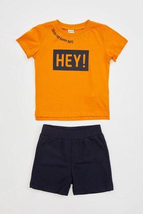 Defacto Erkek Bebek Hey Sloganlı Şort Tişört Takım 0