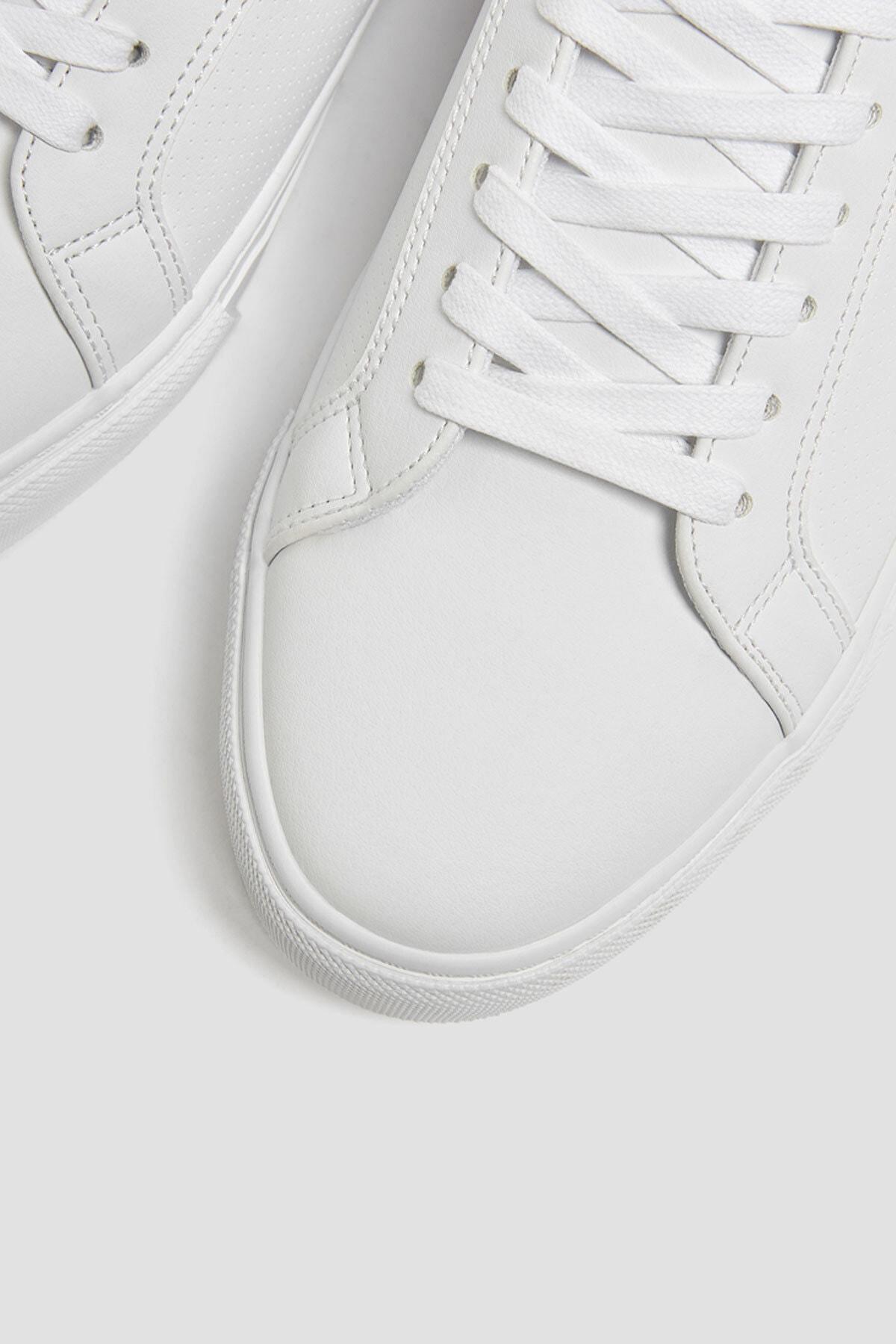 Pull & Bear Erkek Beyaz Mikro Delikli Spor Ayakkabı 12204640 1