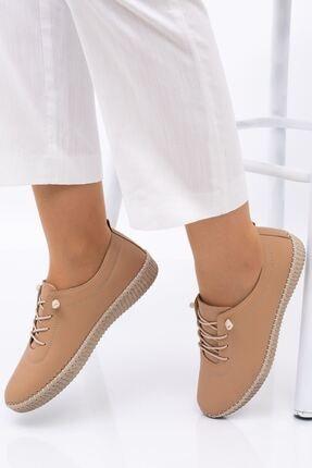 Hoba Kadın Bej Ortopedik Lastik Bağcıklı İçi Deri Alçak Topuklu Günlük Rahat Ayakkabı 1