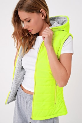 Trend Alaçatı Stili Kadın Neon Yeşili Termal İç Astarlı Şişme Yelek Mont ALC-X5008 2