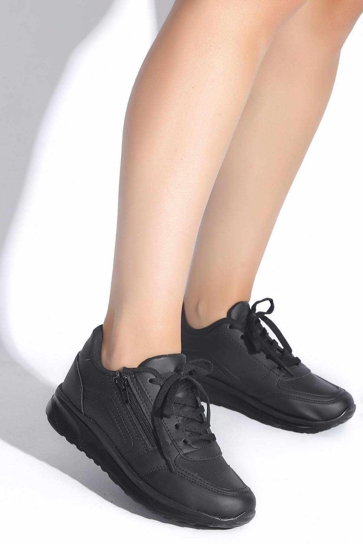 Papuçlarım Kadın Siyah Spor Ayakkabı