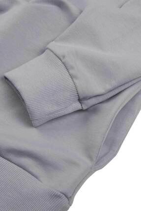 Minimalist Kadın Gri Basic Sweatshirt 4