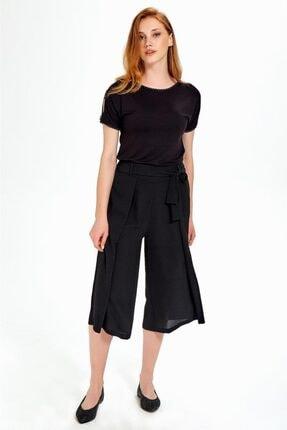 İkiler Kadın Siyah Beli Lastikli Ve Kuşaklı Bol Kısa Pantolon 1