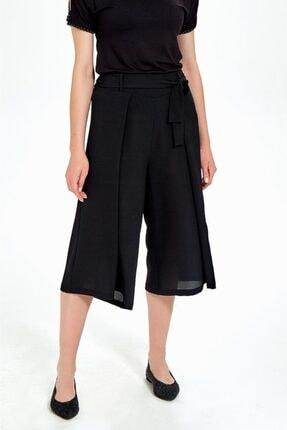 İkiler Kadın Siyah Beli Lastikli Ve Kuşaklı Bol Kısa Pantolon 2