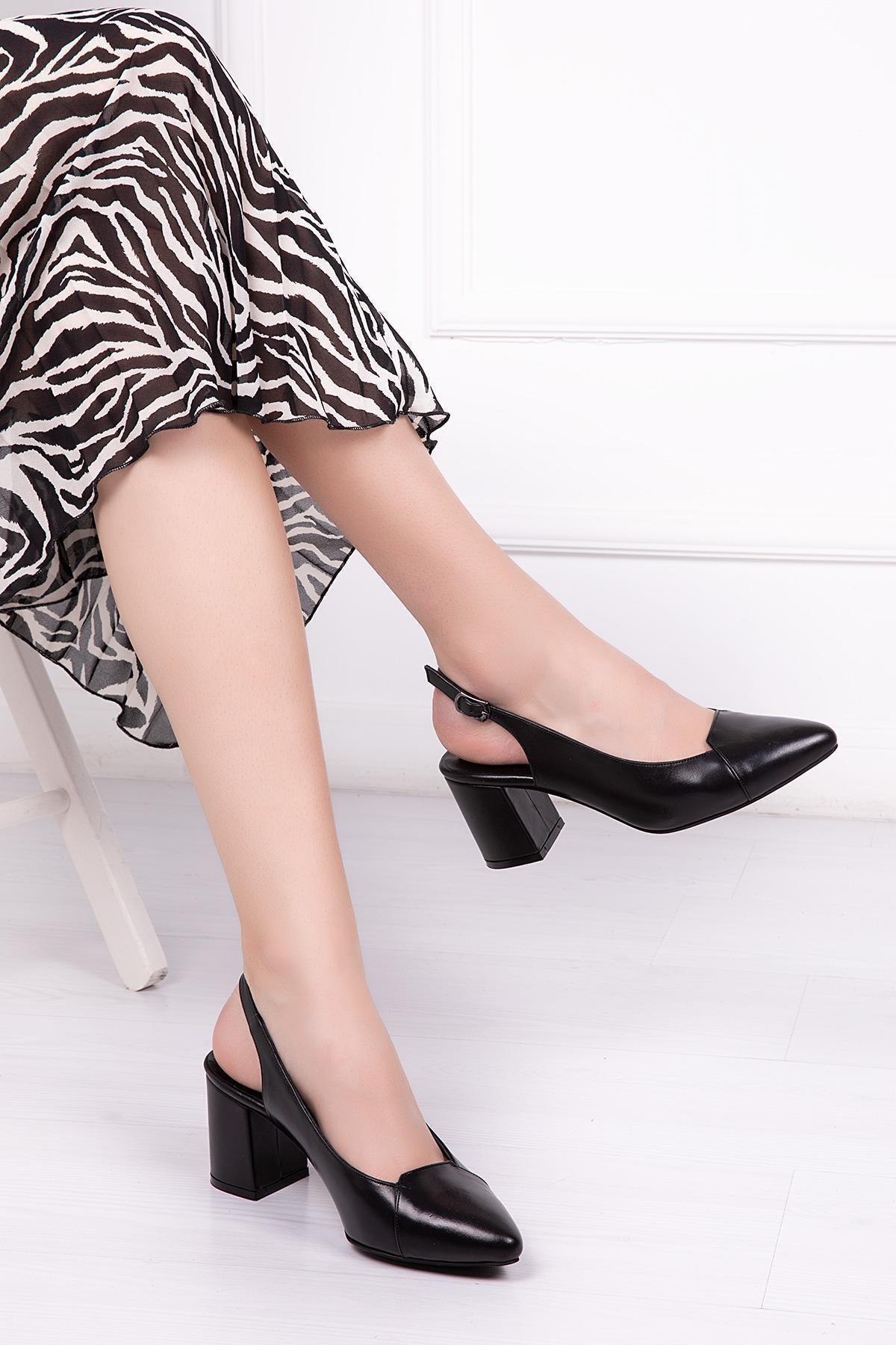 Hakiki Deri Siyah Kadın Topuklu Deri Ayakkabı Shn-0739