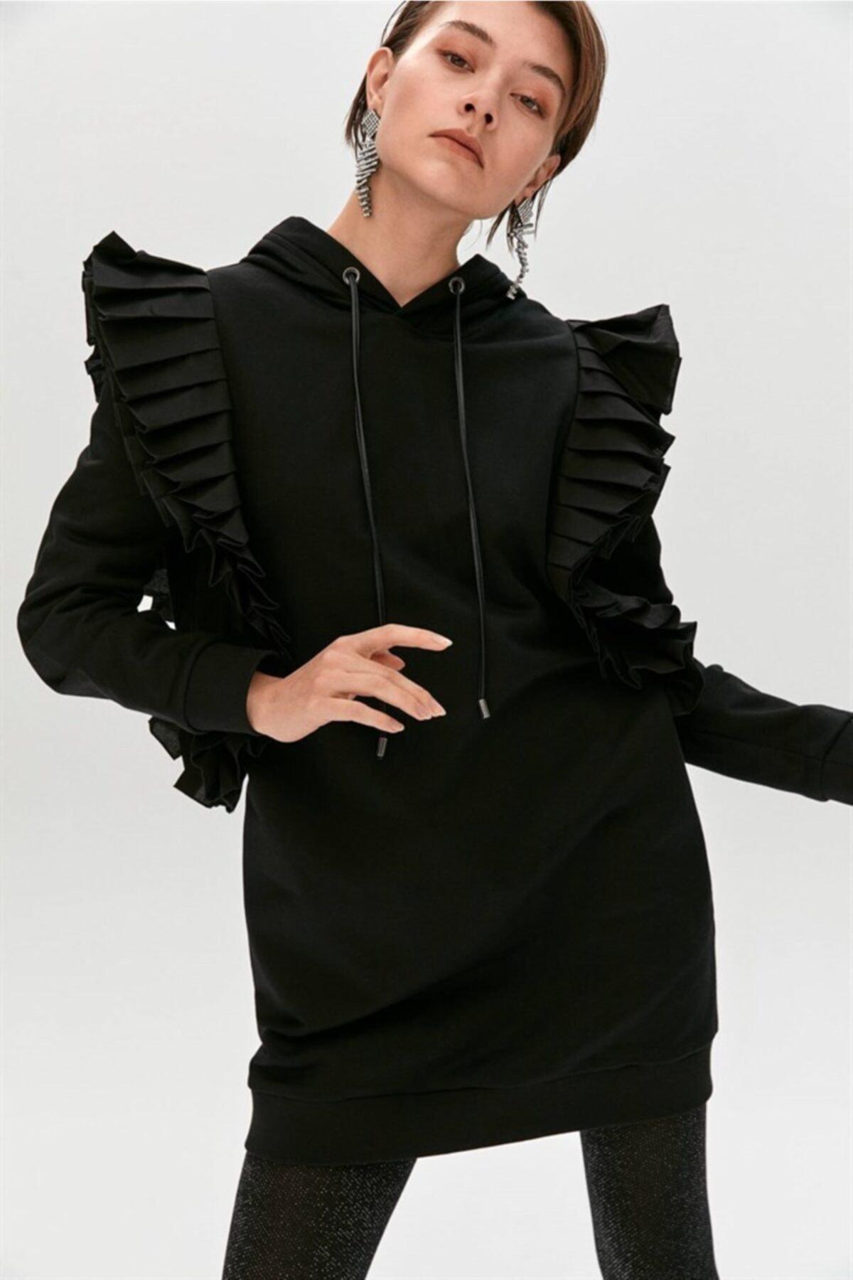 Siyah Fırfır Detaylı Uzun Sweatshirt