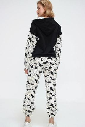 Trend Alaçatı Stili Kadın Siyah Gün Işığında Renk Değiştiren Sihirli Eşofman Takımı ALC-507-520-SP 3
