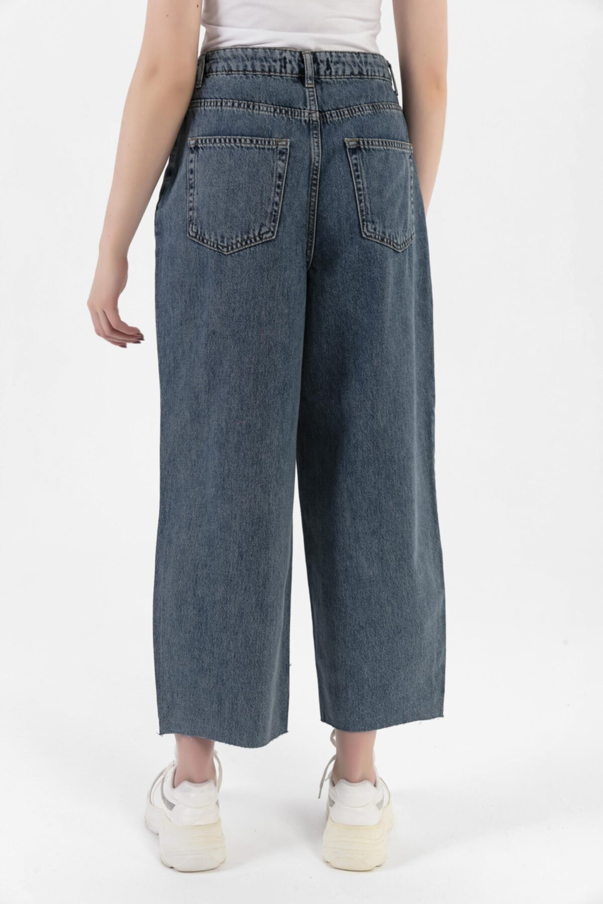 HerTon Paça Detaylı Pat Düğmeli Pliseli Kot Pantolon 117-0080