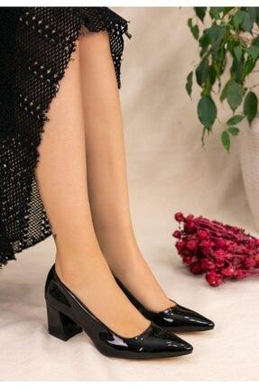 karazona Kadın Rugan Topuklu Ayakkabı 2
