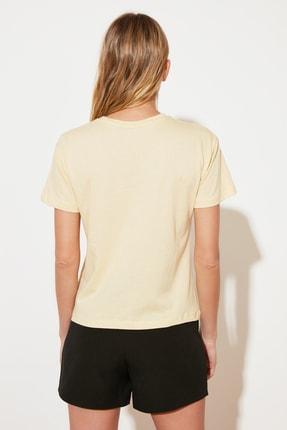 TRENDYOLMİLLA Sarı Semifitted Örme T-Shirt TWOSS21TS2708 4