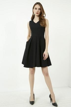 Vis a Vis Kadın Siyah Kolsuz Kloş Elbise 4