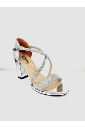 PUNTO Kadın Çapraz Bant Kalın Topuklu Ayakkabı 529133 1