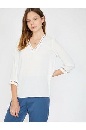 Koton Kadın Dantel Detaylı V Yaka Bluz 1