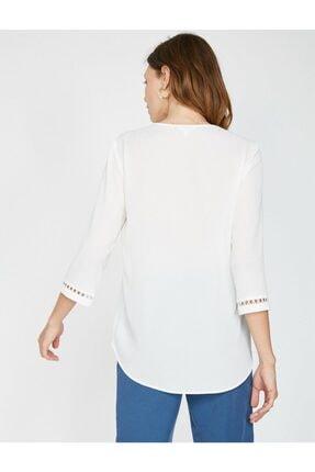 Koton Kadın Dantel Detaylı V Yaka Bluz 3