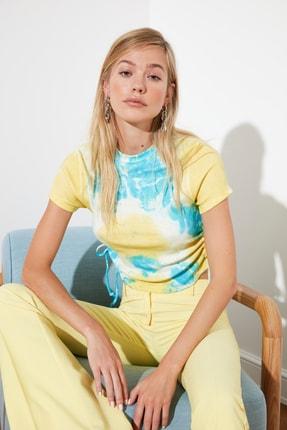 TRENDYOLMİLLA Çok Renkli Batik Büzgü Detaylı Örme Bluz TWOSS21BZ0044 1