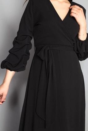 Modakapimda Siyah Kolları Büzgülü Uzun Büyük Beden Şifon Elbise 3