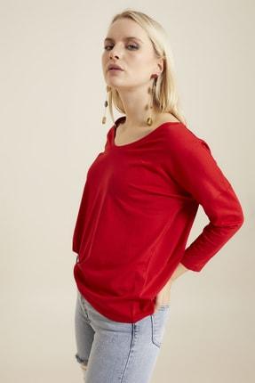 Hanna's Kadın Kırmızı Geniş Yakalı Basic T-shirt 2