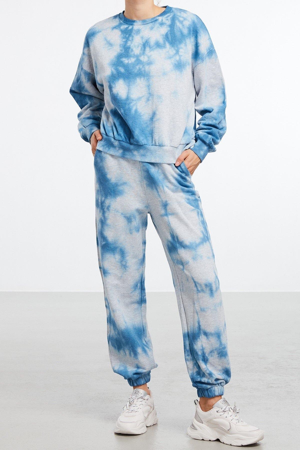ULLA Kadın Mavi Yıkamalı Yuvarlak Yakalı Sweatshirt