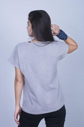Mount Bug Gri Kadın Karavan Baskılı Kısa Kollu Regular Fit T-shirt 3