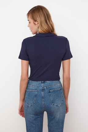 TRENDYOLMİLLA Lacivert Polo Yaka Crop Örme Bluz TWOSS21BZ0038 4
