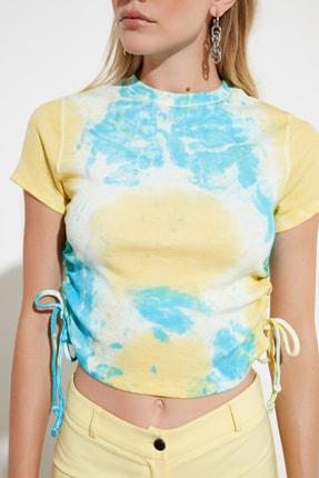 TRENDYOLMİLLA Çok Renkli Batik Büzgü Detaylı Örme Bluz TWOSS21BZ0044 3