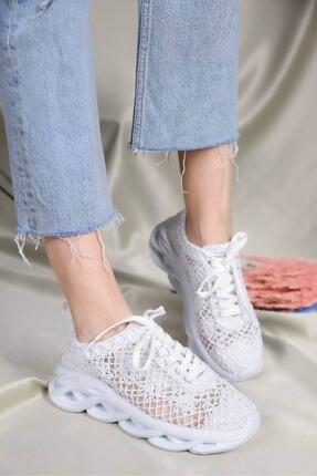 Beyond  Kadın Beyaz Dantelli Bağcıklı Yumuşak Ortopedik Taban Sneaker 1