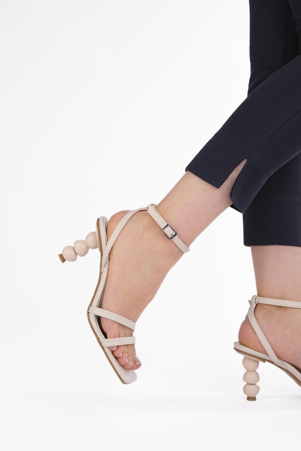Kadın Bej Topuklu Sandalet Bople