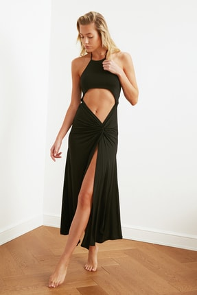 TRENDYOLMİLLA Siyah Cut-Out Detaylı Plaj Elbisesi TBESS21EL2792 2