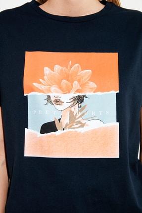 TRENDYOLMİLLA Lacivert Baskılı Semifitted Örme T-Shirt TWOSS20TS0560 3