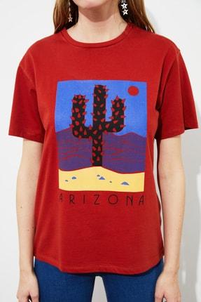 TRENDYOLMİLLA Tarçın Baskılı Boyfriend Örme T-Shirt TWOSS21TS1653 3