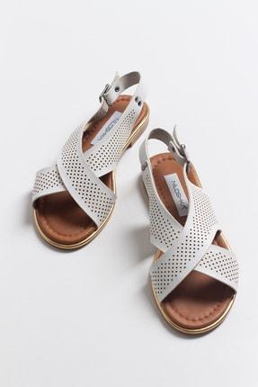 Niloshka Kadın Beyaz Lazerli Sandalet 3
