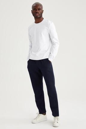 Defacto Erkek Beyaz Regular Fit Bisiklet Yaka Basic Sweatshirt 1