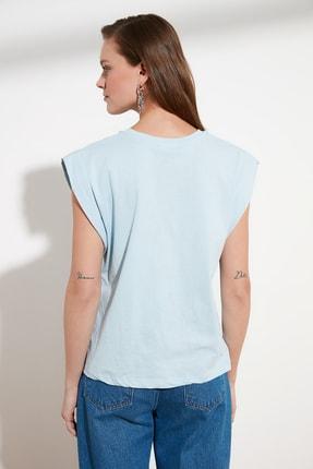 TRENDYOLMİLLA Mavi Kolsuz Basic Örme T-Shirt TWOSS20TS0021 4