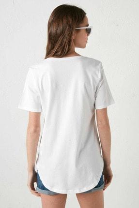 LC Waikiki Kadın Optik Beyaz LCW Casual Tişört 4