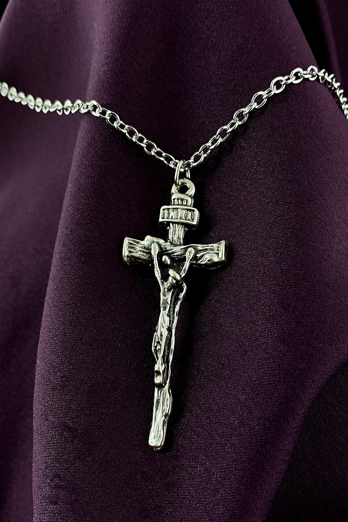 Hz.İsa Haç Tasarım Mat Gümüş Kaplama Zincir Kolye