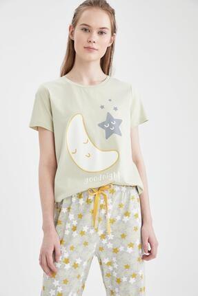 Defacto Kadın Ekru Relax Fit Baskılı Kısa Kol Pijama Takımı 1