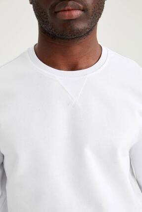 Defacto Erkek Beyaz Regular Fit Bisiklet Yaka Basic Sweatshirt 2