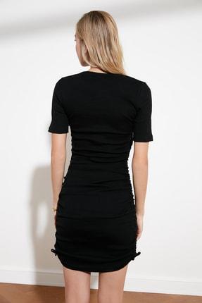 TRENDYOLMİLLA Siyah Yanları Büzgülü Örme Elbise TWOSS21EL0118 4