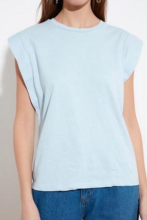 TRENDYOLMİLLA Mavi Kolsuz Basic Örme T-Shirt TWOSS20TS0021 3