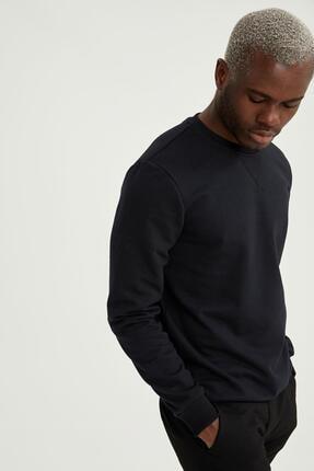 Defacto Erkek Siyah Bisiklet Yaka Regular Fit Basic Sweatshirt 4