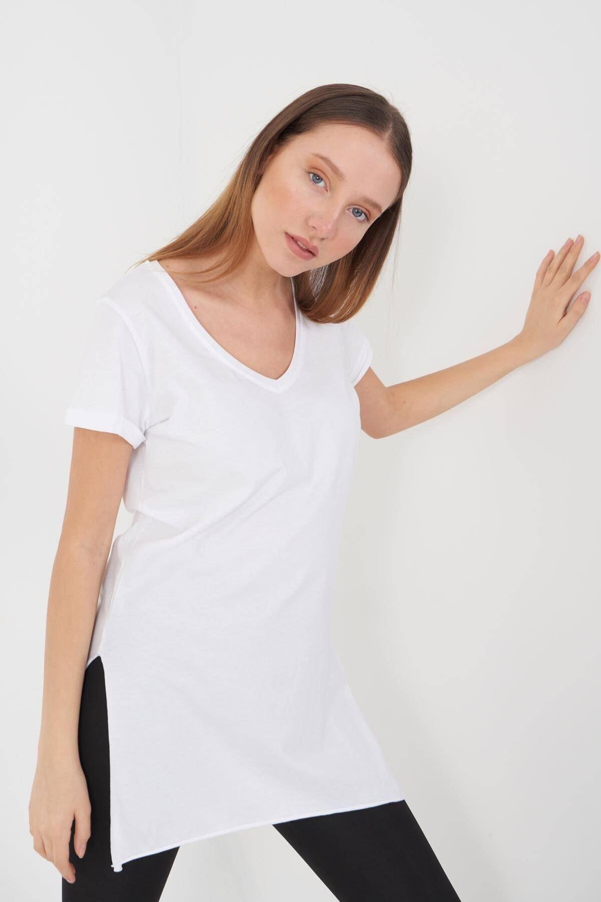 Addax Kadın Beyaz V Yaka T-Shirt P0102 - U1 Adx-00007205 2