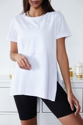 Xena Kadın Beyaz Basic Bisiklet Yaka Yırtmaçlı T-Shirt 1KZK1-11202-01 1