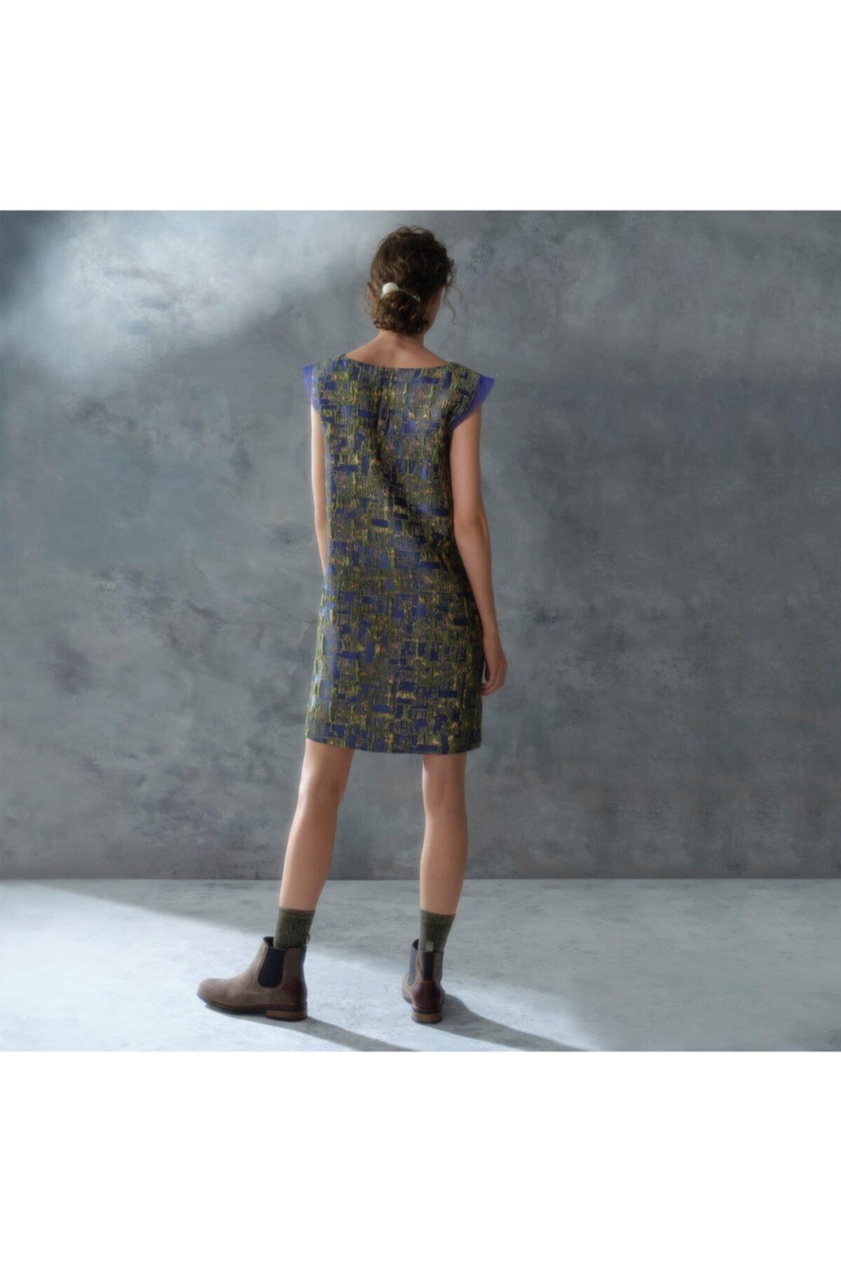 Yargıcı Kadın Mor Düğme Detaylı Elbise