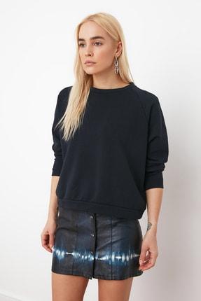 TRENDYOLMİLLA Lacivert Basic Örme Sweatshirt TWOAW20SW0055 1