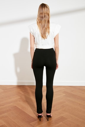 TRENDYOLMİLLA Siyah Yırtmaçlı İnterlok Örme Pantolon TWOAW21PL0263 4