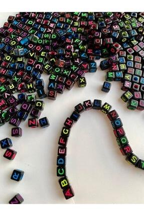 Hedef Bijuteri 6mm Küp Siyah Zemin Üzerine Renkli Harf Boncuk,alfabe Boncuk (100gr,~750 Adet) 2