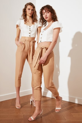 TRENDYOLMİLLA Taş Petite Kuşaklı Pantolon TWOSS21PL0522 1