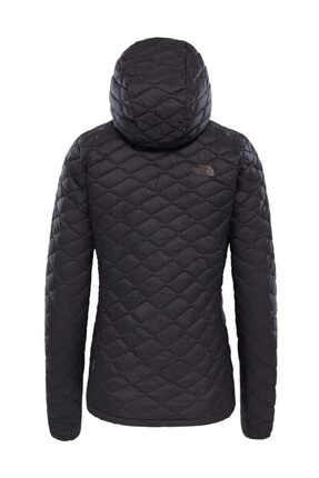 The North Face Thermoball Hooded Insulated Kadın Mont Mat Siyah 1