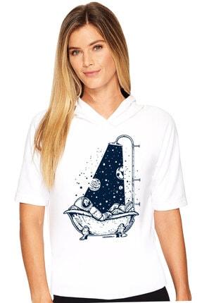 تصویر از Astro Duş Beyaz Kapşonlu Kısa Kollu Kadın T-shirt