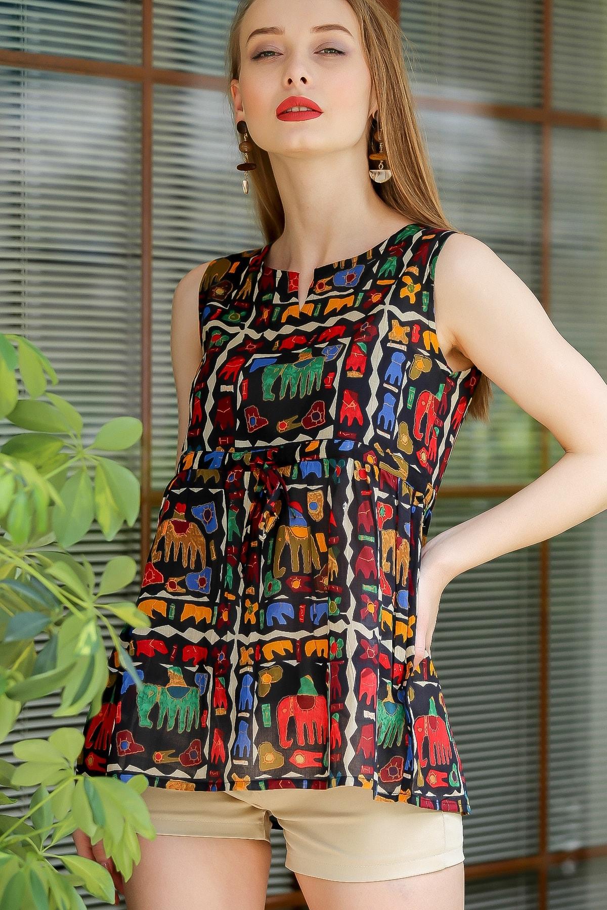 Chiccy Kadın Siyah Bohem Fil Baskılı Robadan Büzgülü Bluz M10010200BL96198 1